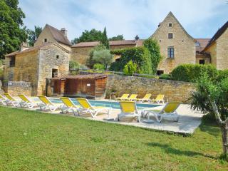 Le Hameau du Peyrié - Gîte La Fourniale (7 pers) avec piscine et tennis