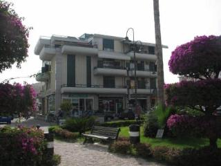 Villa Fiorita Casa Vacanze - appartamento Orchidea, Marina di Gioiosa Ionica