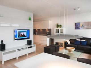 Short Stay Beach Apartment 1050a, La Haya
