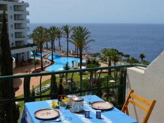 Apartamento T2 em frente ao Mar - (2 a 6 pessoas), Funchal