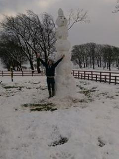 Building a great big snowman at Drumboy Lodge !