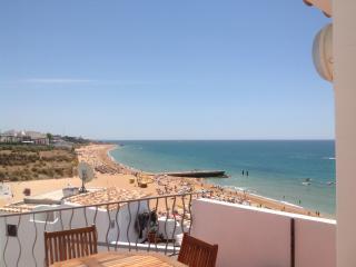 Albufeira,on top of Fisherman Beach- Casa T'Isabel
