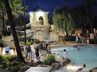 Disney  Waterpark/Spa./Golf Villa(FREE WIFI), Davenport