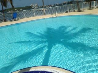 Studio renove vue piscine et lagon 2 pers