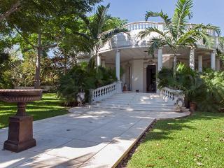 Villa San Carlos, Mérida