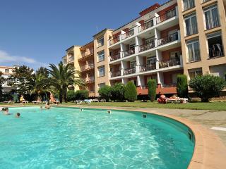 Apart de 1 hab. con piscina y junto a la playa, Empuriabrava