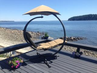 Private Suite on the Beach, Sechelt