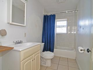 Bright & Spacious 4BR in Providence