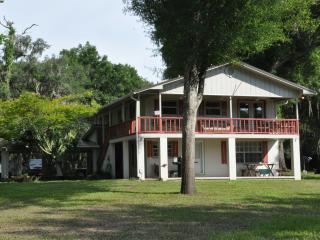 Three Rivers Inn at Santa Fe River High Springs FL