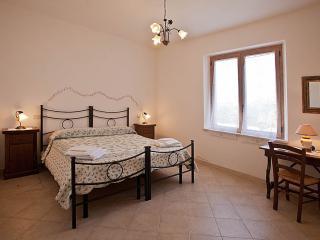 camera matrimoniale appartamento sole