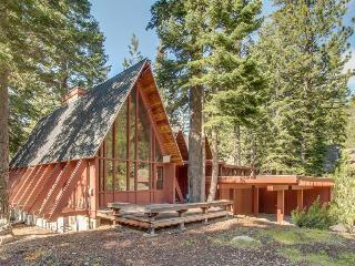 Large, dog-friendly lodge w/ private hot tub, easy ski & beach access!