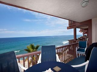 Ocean Front Top Floor condo Del Mar Beach Club