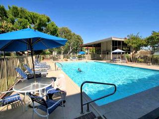 2 Bedroom, 2 Bathroom Vacation Rental in Solana Beach - (SBTC212)