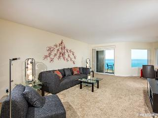 DON'T WORRY, BEACH HAPPY! Gorgeous 2 BR Oceanfront Condo Surfsong #13