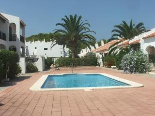 Beautiful apartment with WiFi near golf course