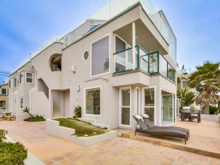 Stunning *50' OCEAN FRONT* Ground Level Home!