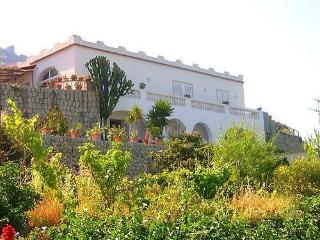 casa vacanze goccia d'oro (3 appartamenti), Forio
