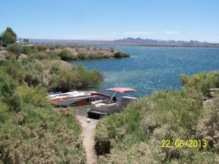 2bdrm Lake Havasu on the Water (Sam's Beachcomber)