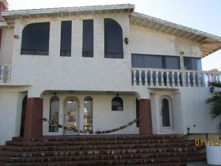 CASA GRANDE 5 BED 4 BATH OCEANFRONT, Ensenada