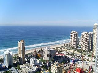 OCEAN VIEWS CHEVRON RENAISSANCE 2 BEDROOM UNITS, Surfers Paradise
