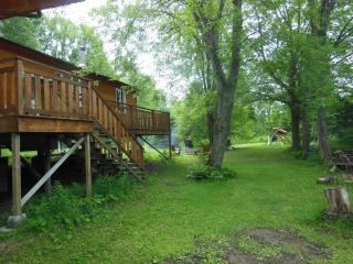 New Waterfront 2-bedroom Cottage in Kawartha, Fenelon Falls
