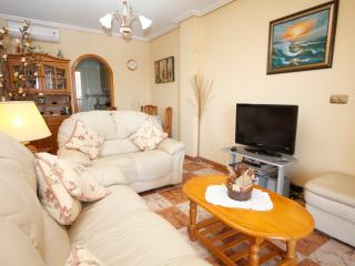 Casa Blanca a Cosy family apartment near  Alicante, La Marina