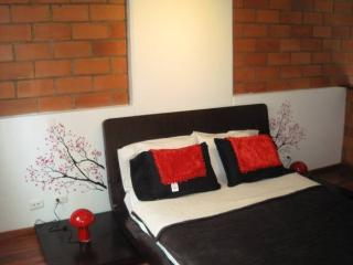 ONE BEDROOM DUPLEX FROM 4 BLOCKS LLERAS PARK, Medellin