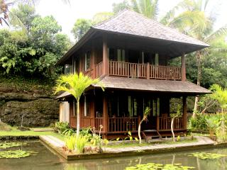 Uma Ayu Guesthouse and Restaurant - two bedroom, Sidemen