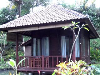 Uma Ayu Guesthouse and Restaurant - one bedroom, Sidemen