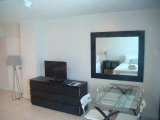 Collins Apartments by Design Suites Miami 1720, Miami Beach