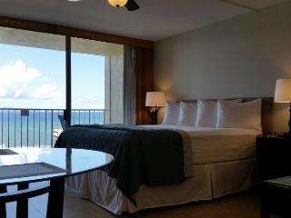 Royal Kahana's Newly Remodeled Oceanview Studio, Lahaina