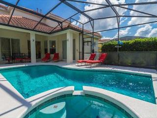 FREE POOL HEAT: 5 Bedroom Home with 2 Master Bedrooms