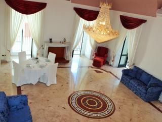 Tasso Square Apartment, Sorrento