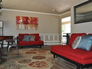 Great Location ~ Beautiful Home Awakes to Entertain ~ Come Create Memories!, South Lake Tahoe