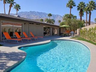 Largo Modern Retreat, Palm Springs