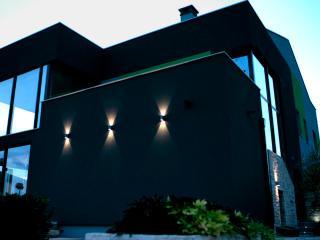 Studio Olive Charm, Umag