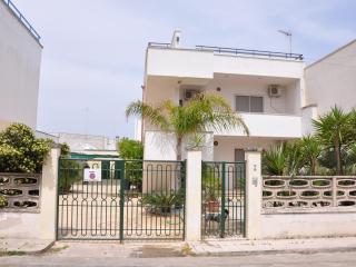 Villa a due passi dal mare, San Foca
