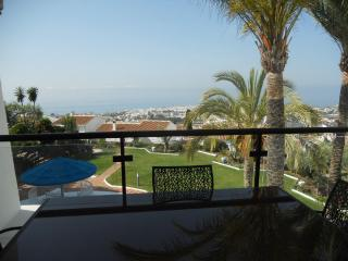 Apartment in 'Torres de San Juan', Nerja