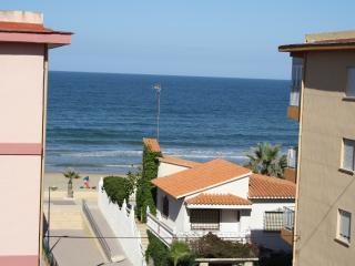 Apartamento Vistas al Mar a 50 metros de la playa de Miramar con bandera azul