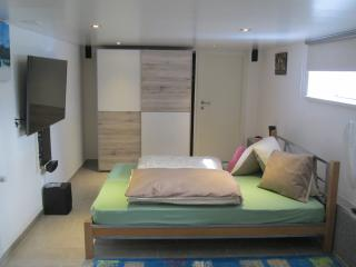1.5 Bed Room Studio, HD-TV55' &5.1 Home Cinema, St. Gallen