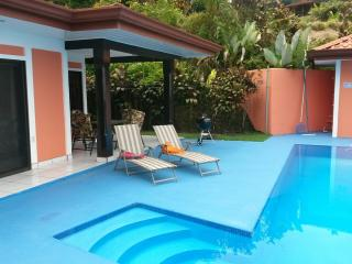 Casa Cereza, Ocean View with Pool