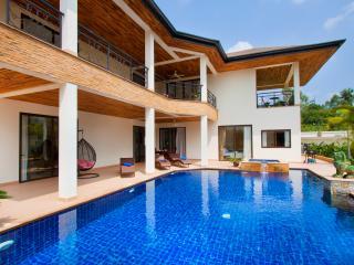 Pool Villa Freedom lakeside!!!, Pattaya