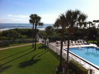 220 Young Ave #32, Cocoa Beach