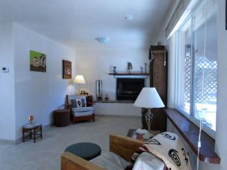 Feel Right at Home - 1 Bedroom 5 miles to Plaza, Santa Fe