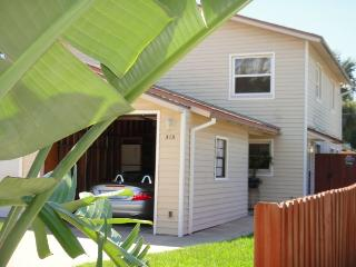 313 Washington Ave :: Cape Canaveral Vacation Rental