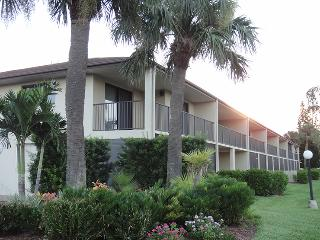 3160 N. Atlantic Ave A-205 :: Cocoa Beach Vacation Rental