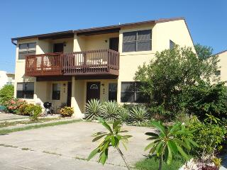 404 Taylor Ave :: Cape Canaveral Vacation Rental