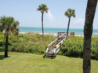 6401 Azure Ln #B-26, Cocoa Beach
