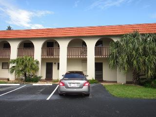 6655 Ridgewood Ave #104 :: Cocoa Beach Vacation Rental