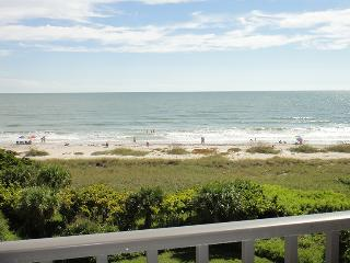 7400 Ridgewood Ave Unit #501 :: Cape Canaveral Vacation Rental